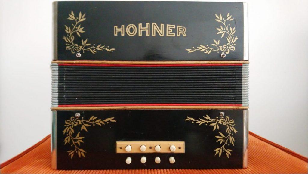 Hohner Melodeon C#D custom tuning