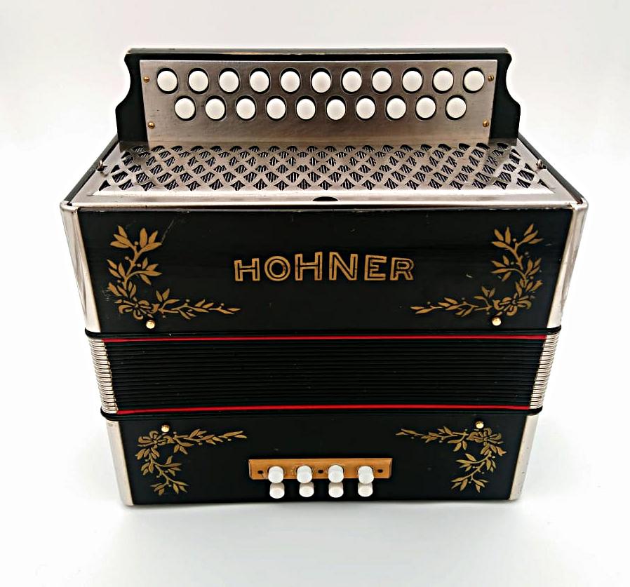Hohner Laurel Leaf accordion converted to C#D